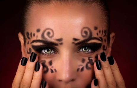 800_CT1510_Halloween_Makeup