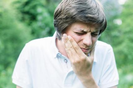 Silica-particles-could-help-repair-damage-to-teeth